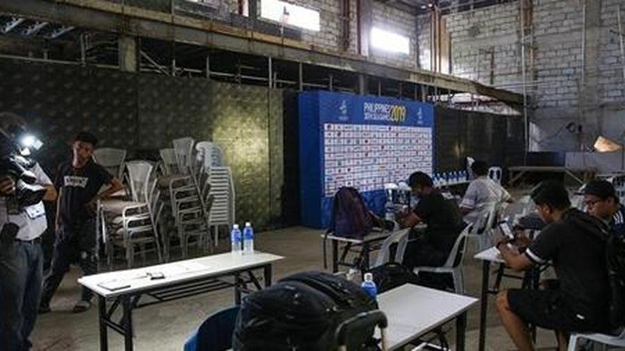 Báo chí quốc tế thi nhau 'bóc phốt' chủ nhà SEA Games 30