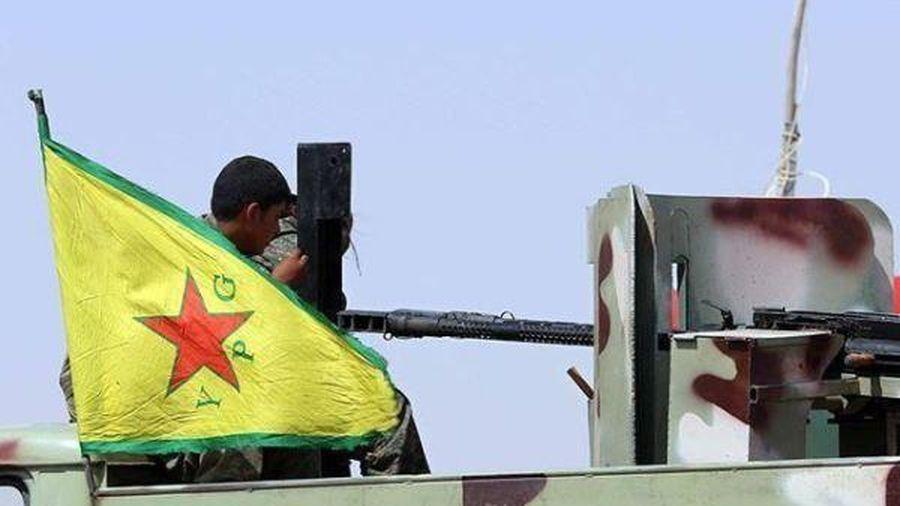 Quân đội Nga bất ngờ đến thăm YPG ở Bắc Syria