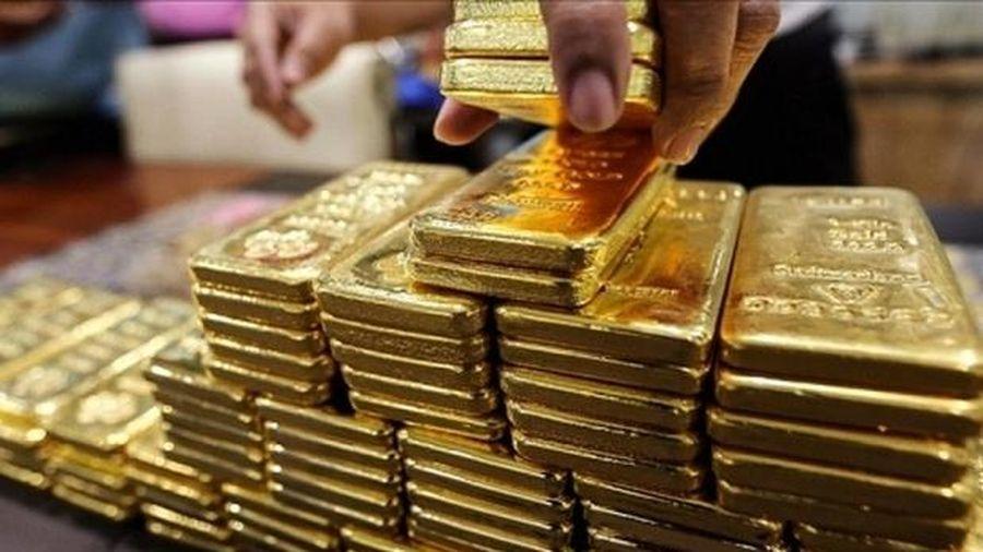 Giá vàng bất ngờ bật tăng mạnh