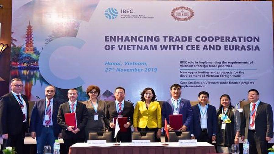 Diễn đàn IBEC - 'Tăng cường hợp tác thương mại giữa Việt Nam và khu vực Trung – Đông Âu và Á – Âu'