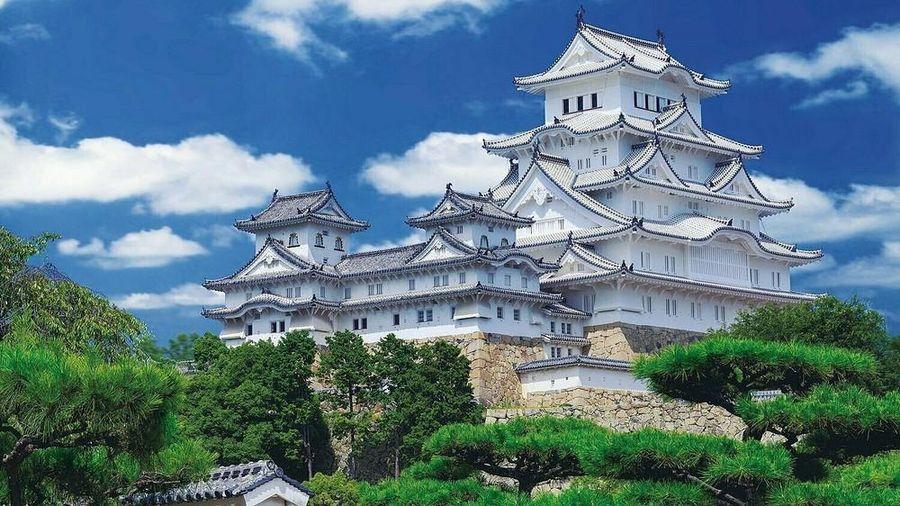 Lâu đài Hạc Trắng hơn 600 năm tuổi