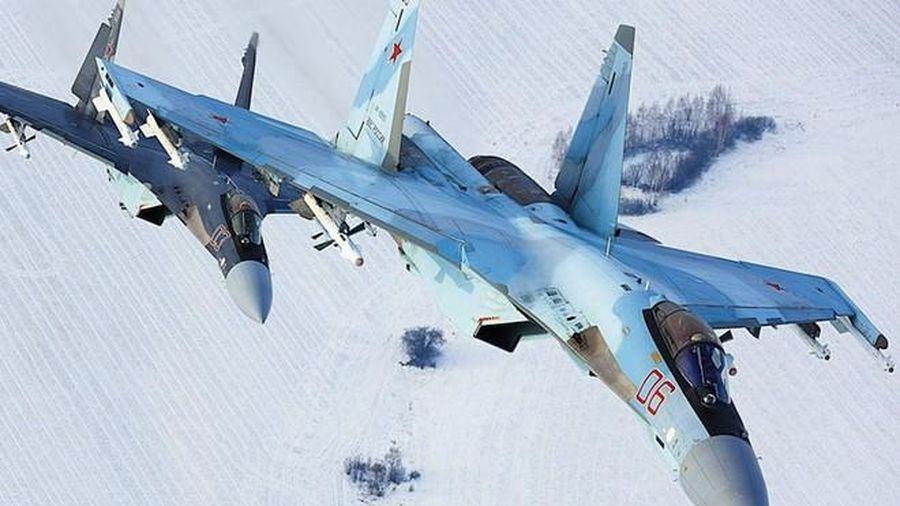 Trung Quốc dự định mua thêm Su-35 Nga để 'tích lũy kinh nghiệm' cho J-20?