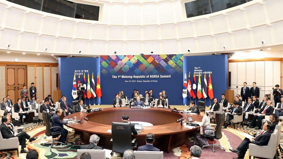 Thủ tướng dự Hội nghị Cấp cao Mekong-Hàn Quốc lần thứ nhất