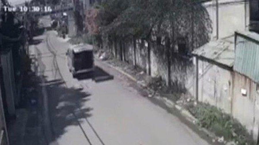 Ba học sinh bất ngờ bị văng khỏi xe đưa đón ở Đồng Nai: Sở GD&ĐT lên tiếng