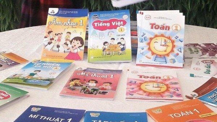 Địa phương được chọn sách giáo khoa: Ngăn lựa chọn cảm tính, 'thân quen'