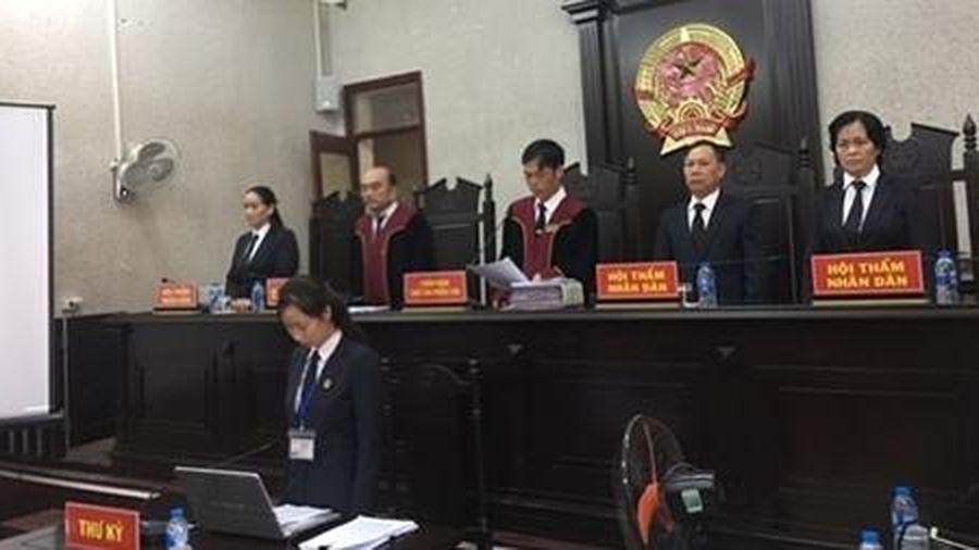 Mẹ đẻ nữ sinh ship gà bị sát hại ở Điện Biên hầu tòa