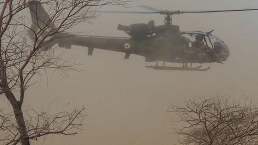 Kinh hoàng: Tai nạn trực thăng, 13 lính Pháp thiệt mạng