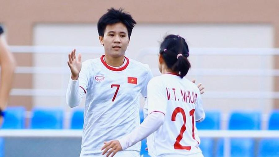 Thắng đậm Indonesia, nữ Việt Nam vào bán kết SEA Games 30