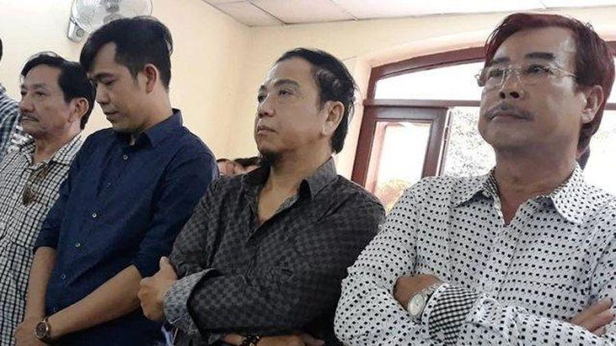 Nghệ sĩ Hồng Tơ và các đối tượng bị phạt 150 triệu đồng tội đánh bạc