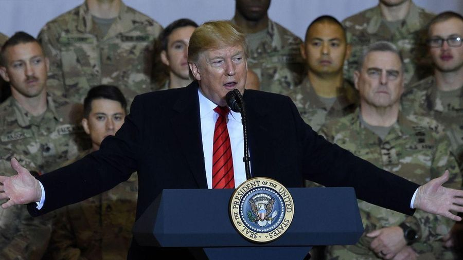 Bất ngờ thăm Afghanistan, Tổng thống Trump lại có 'thu hoạch'