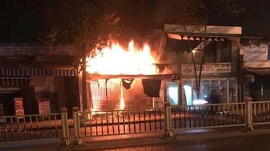 Nhà anh bị đốt vì em trai nợ tiền xã hội