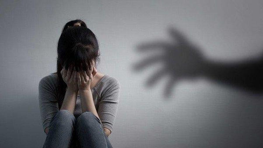 Thông tin bất ngờ về bà mẹ vô nhân tính bán trinh tiết của con gái 13 tuổi cho bác sĩ nha khoa đồi bại