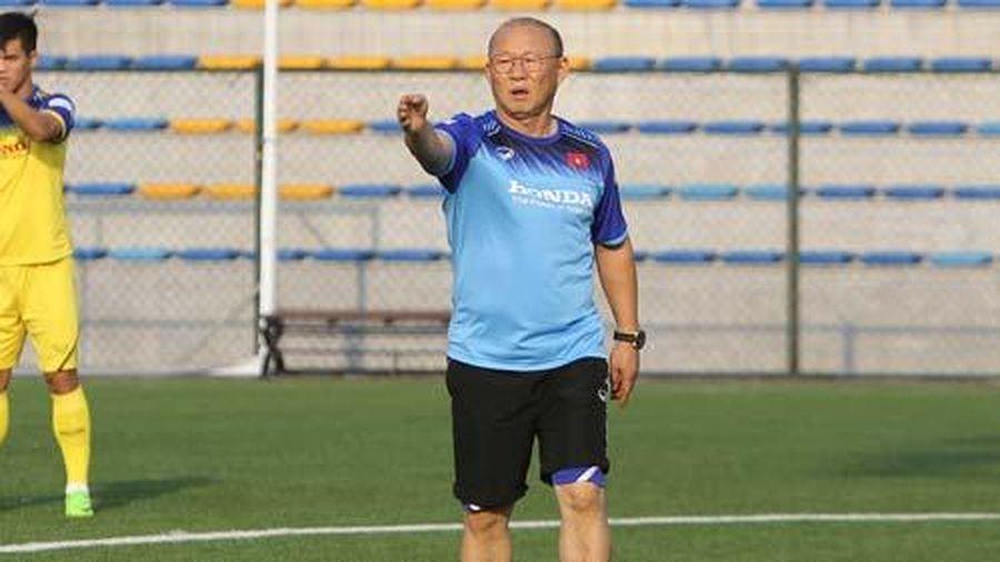 HLV Park Hang Seo ra lệnh 'bế quan tỏa cảng' trước trận gặp U22 Indonesia