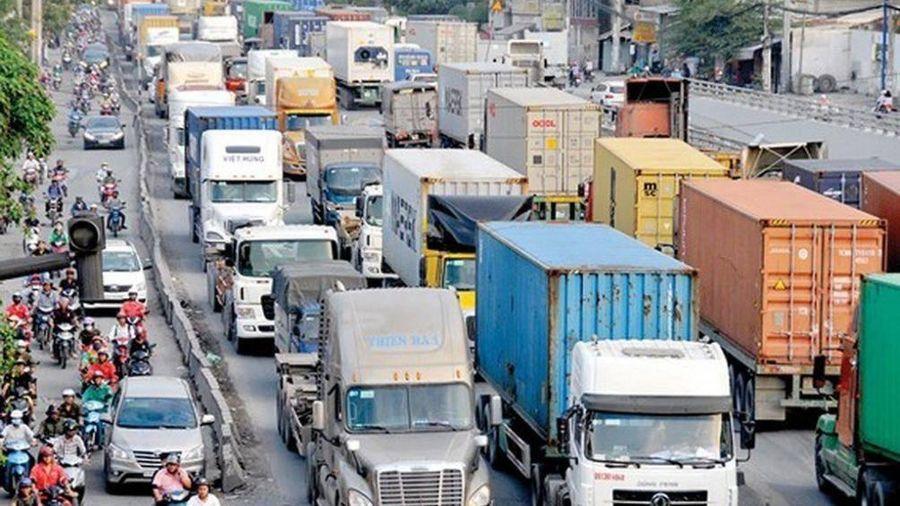 CPI tháng 11, chỉ số giá nhóm giao thông giảm mạnh