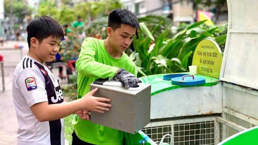 'Chúng tôi nhận rác thải nguy hại'