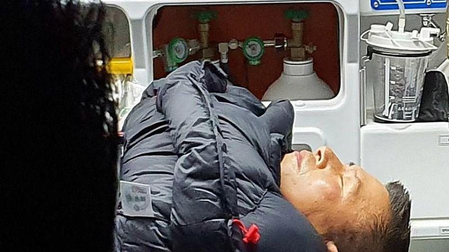 Bất ngờ thân thế nghị sĩ Hàn bị ngất vì tuyệt thực trước phủ tổng thống 8 ngày