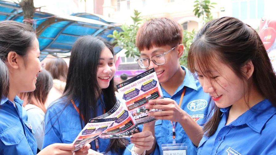 Ngày hội việc làm 2019 : Sinh viên với thị trường lao động