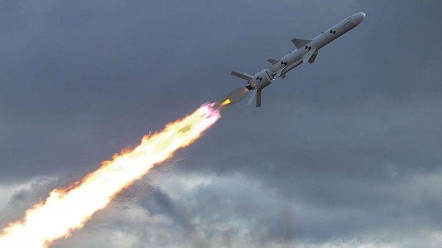 Ukraine thử thành công tên lửa 'sát thủ cầu Crimea'