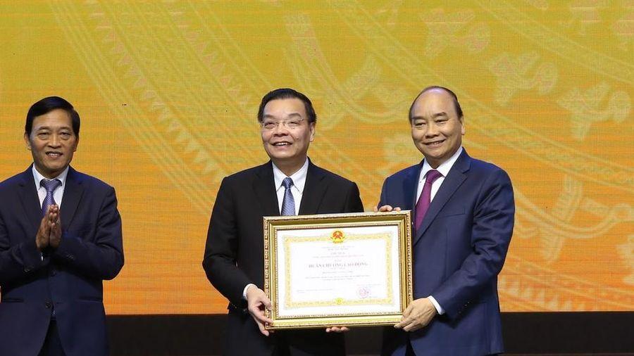 Bộ Khoa học và Công nghệ đón nhận Huân chương Lao động hạng Nhất