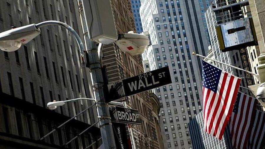 Lạc quan về thỏa thuận thương mại giúp chứng khoán Mỹ có tháng tăng điểm mạnh