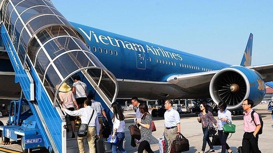 Thị trường hàng không: 'Cuộc đua' giành thị phần