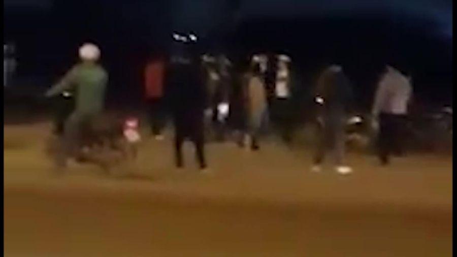 Vi phạm giao thông bị xử lý, nhóm thanh niên hung hãn tấn công CSCĐ
