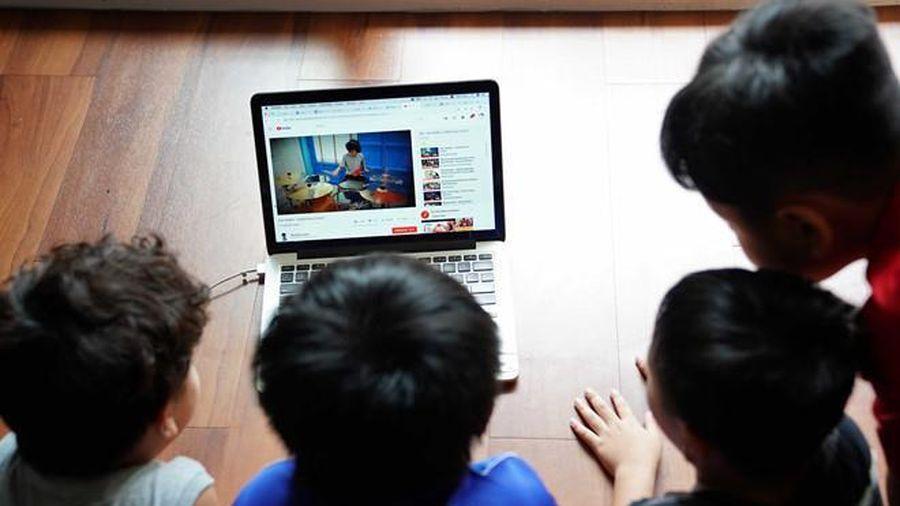 Bé 14 tuổi phải điều trị tâm lý kéo dài vì nghiện YouTube