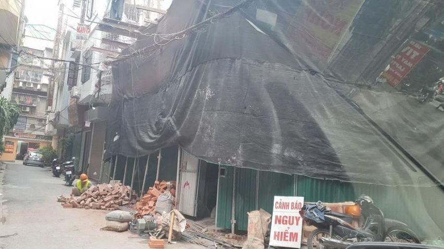 Hà Nội: Công trình xây dựng tại phường Láng Hạ phá vỡ quy hoạch đô thị, trách nhiệm thuộc về ai ?