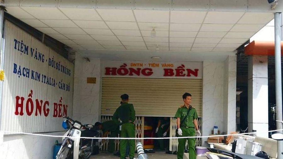 Nghi can trộm 200 cây vàng tại tiệm Hồng Bền bị bắt