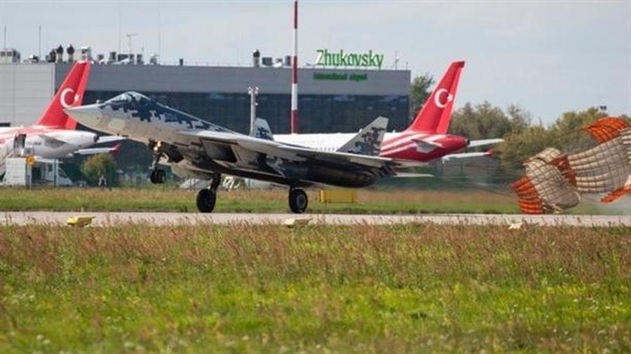 Nga chưa thể hoàn thiện động cơ mới cho Su-57
