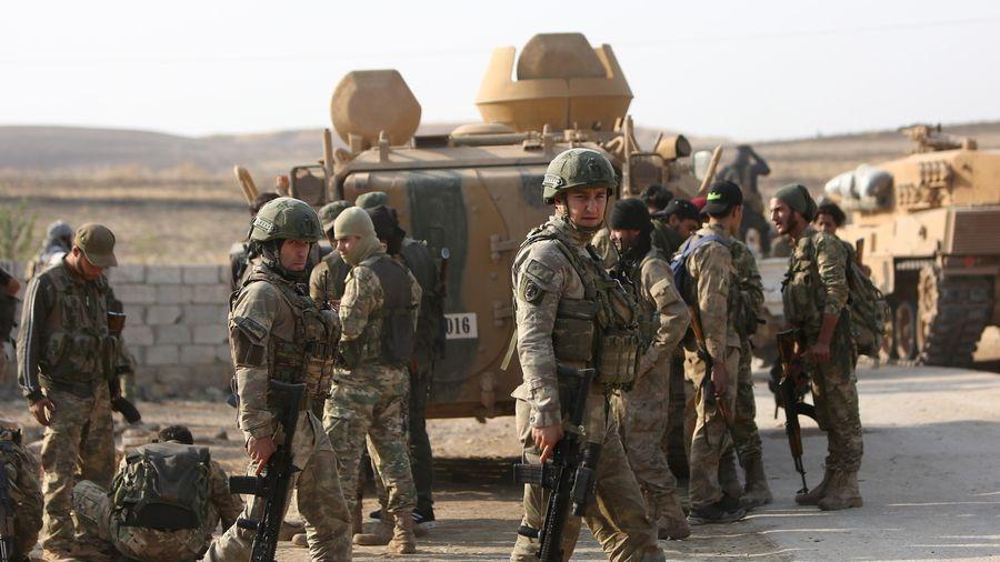 Bộ trưởng Thổ Nhĩ Kỳ: Ankara bị bỏ rơi trong cuộc chiến chống khủng bố