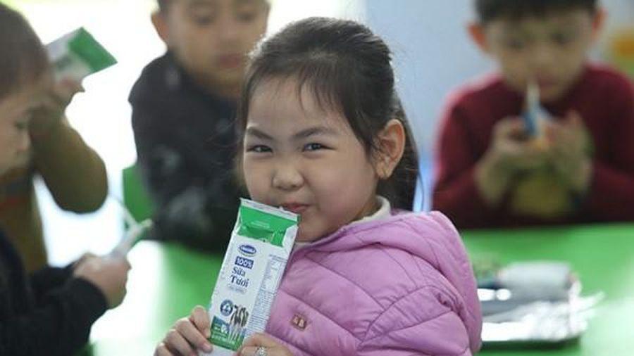 Bộ Y tế lý giải về việc quy định bổ sung 21 loại vi chất vào sữa học đường