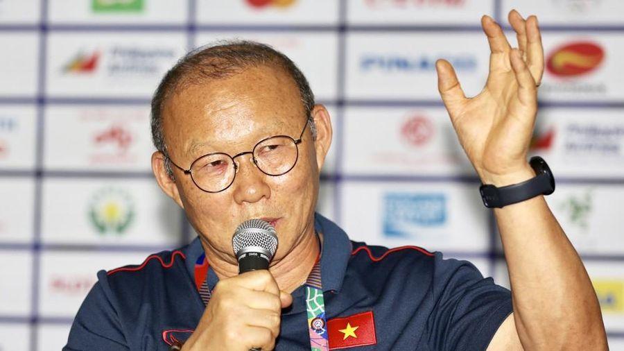 HLV Park Hang-seo: 'U22 Việt Nam sẽ cùng tuyển nữ mang HCV SEA Games về nước'