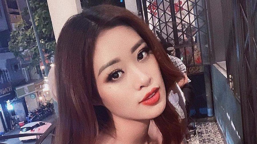 Hoa hậu Khánh Vân khoe vóc dáng chuẩn với bikini