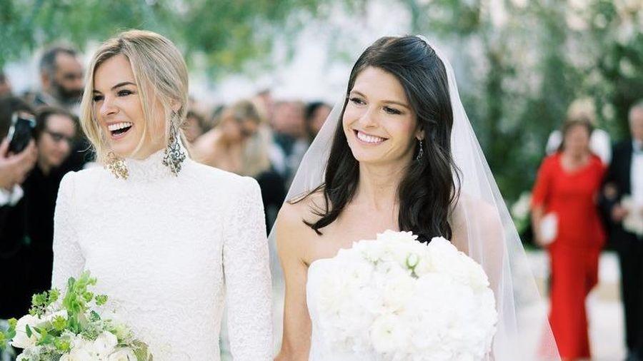 Nữ giám đốc marketing hãng Ralph Lauren kết hôn đồng giới