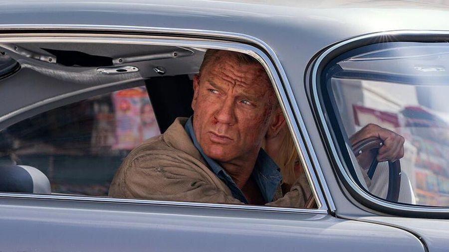 Hàng loạt mẫu xe đình đám xuất hiện trong trailer phim James Bond mới