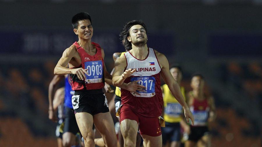 VĐV chủ nhà lấn làn chạy của Dương Văn Thái