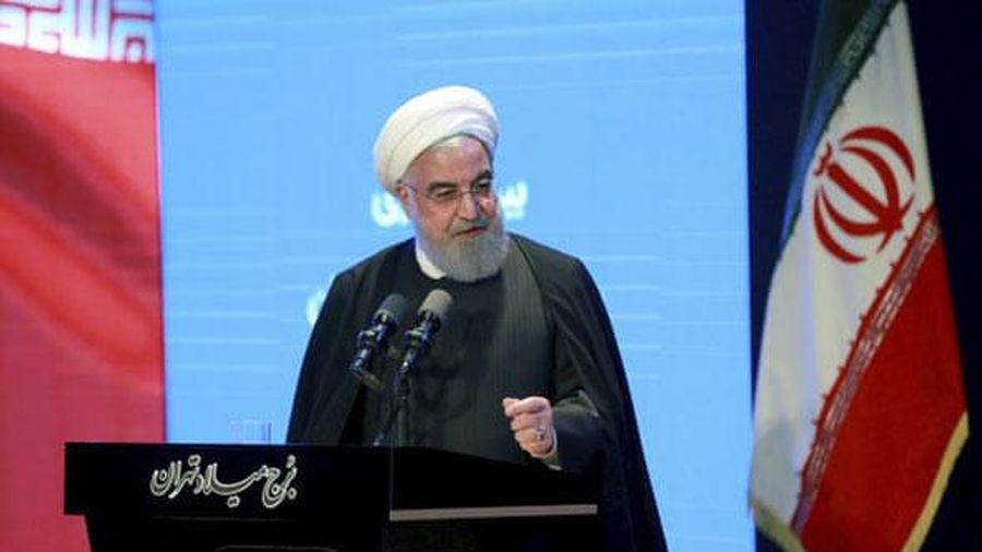 Iran bổ sung khoản vay 5 tỷ USD từ Nga để đối phó lệnh trừng phạt Mỹ