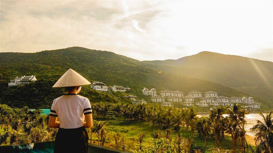 Làm gì để du lịch Việt Nam thực sự cất cánh?