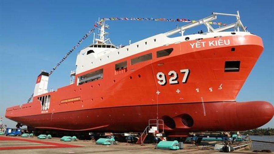 Hạ thủy tàu cứu hộ ngầm đầu tiên của VN: Tự hào
