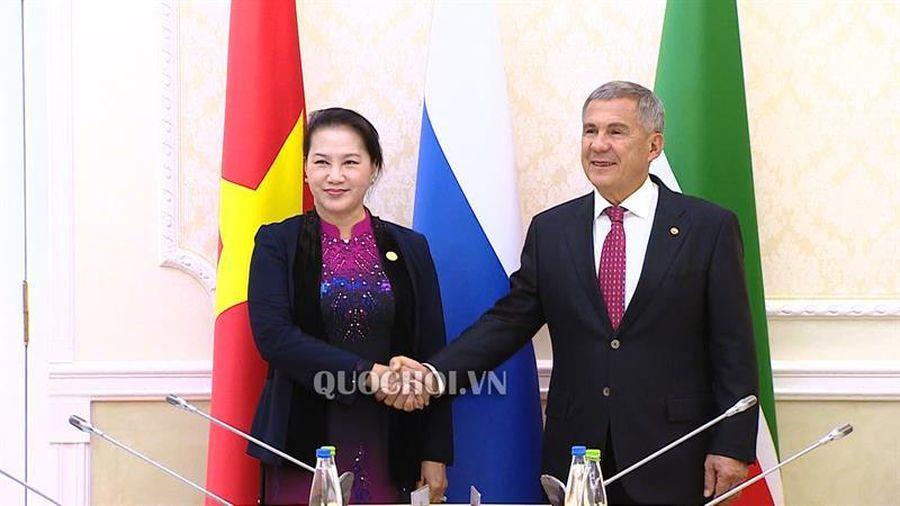 Chủ tịch Quốc hội hội kiến Tổng thống Tatarstan