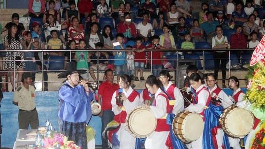 Đồng Nai: Ngày hội 'Công nhân - phiên chợ nghĩa tình'