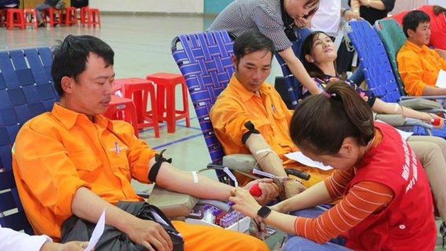 Đắk Nông: Thợ điện hiến máu cứu người!
