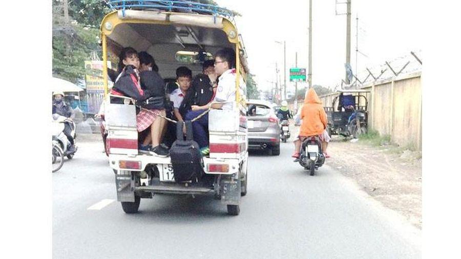 Lại bất an với xe đưa đón học sinh