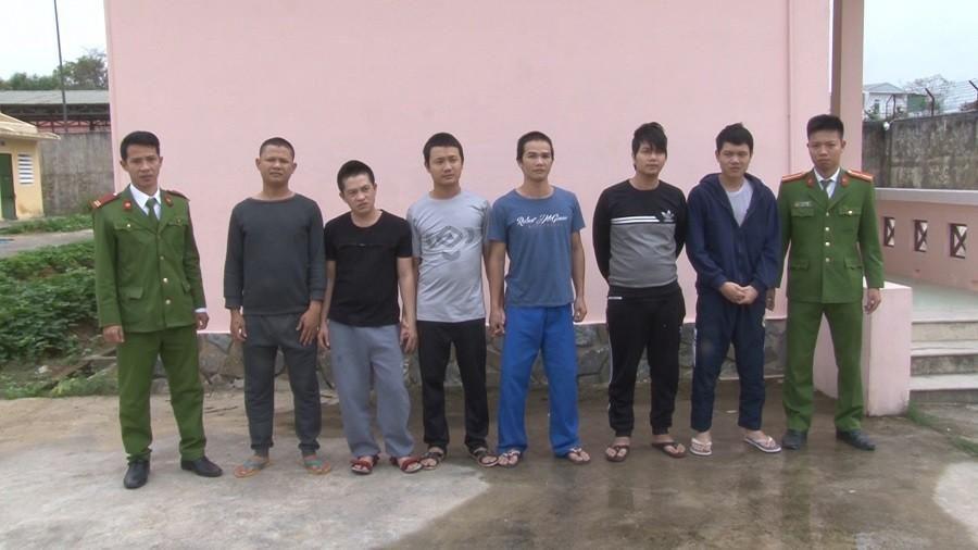 Truy bắt 6 tên côn đồ dùng dao chém người tại Huế