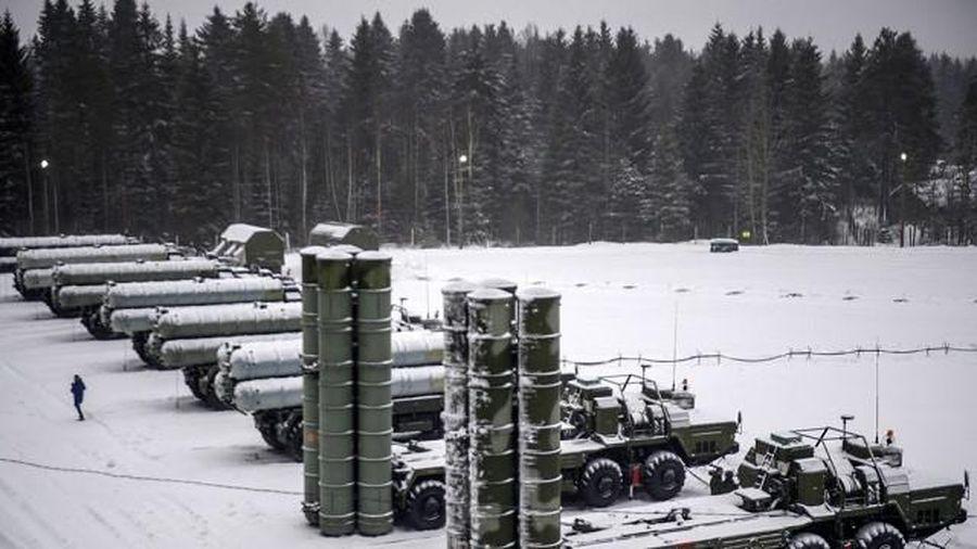 Moscow sẽ tạo vòm phòng không ở vùng Bắc cực bằng rồng lửa 'S-400'