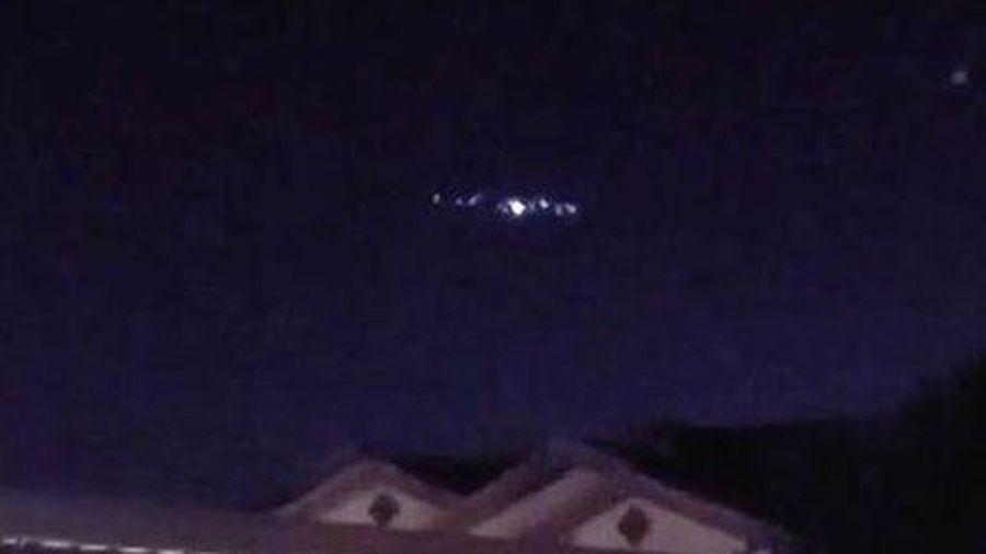 Tranh luận xung quanh vật thể lạ được cho là UFO khổng lồ xuất hiện tại Mỹ