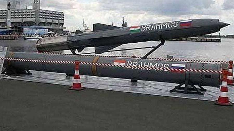 Philippines 'vượt rào' khi quyết định mua BrahMos của Ấn Độ