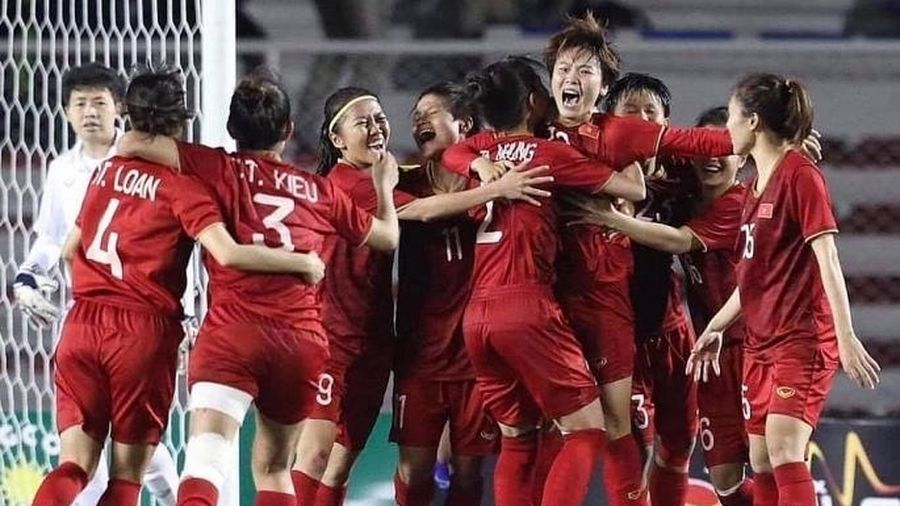 Bóng đá nữ Việt Nam nhận mưa tiền thưởng sau tấm huy chương Vàng SEA Games 30