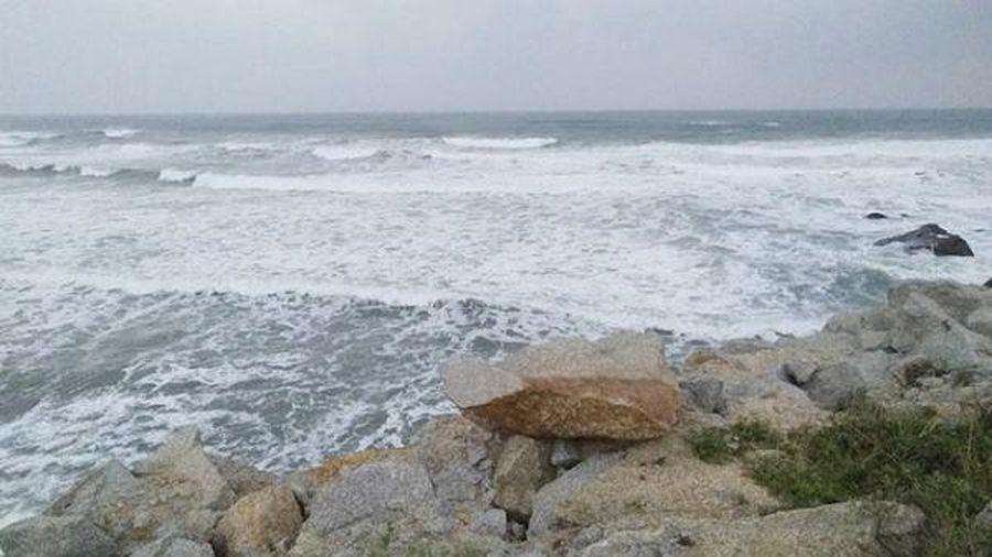 2 ngư dân mất tích trên biển